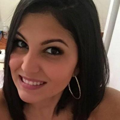 Mónica C.