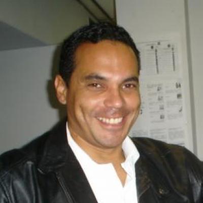 Oliver J.