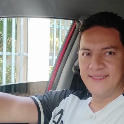 Manuel R.