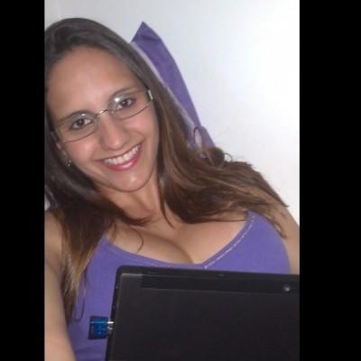 Angélica L.