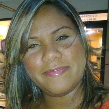 Yesenia Q.