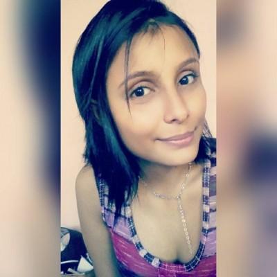 Alejandra L.