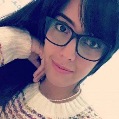 Leonela V.