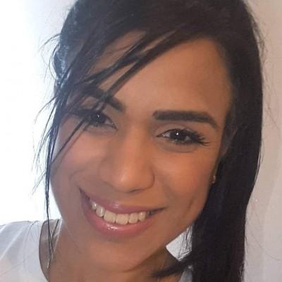 María V D.