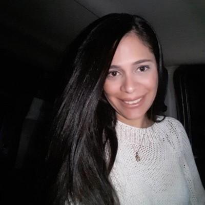 María Eugenia T.