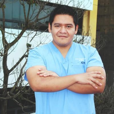 Dr. Jorge Ernesto  A.