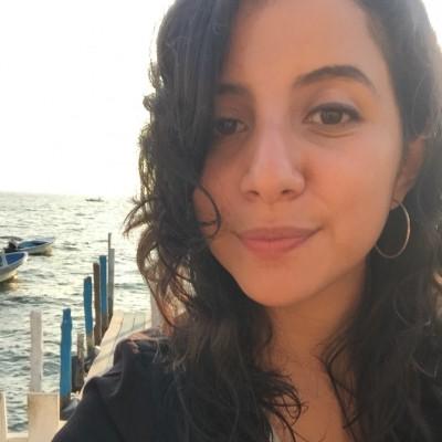 Lucía E.