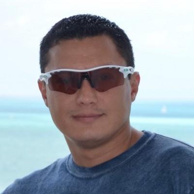 Luis R. C.